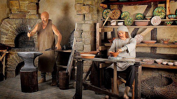 Family hotel Slavic soul-hotel in Veliko Tarnovo Wax Figures Museum on the Balkans